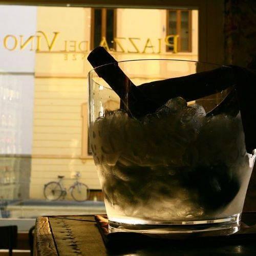 Piazza del Vino aperitivo